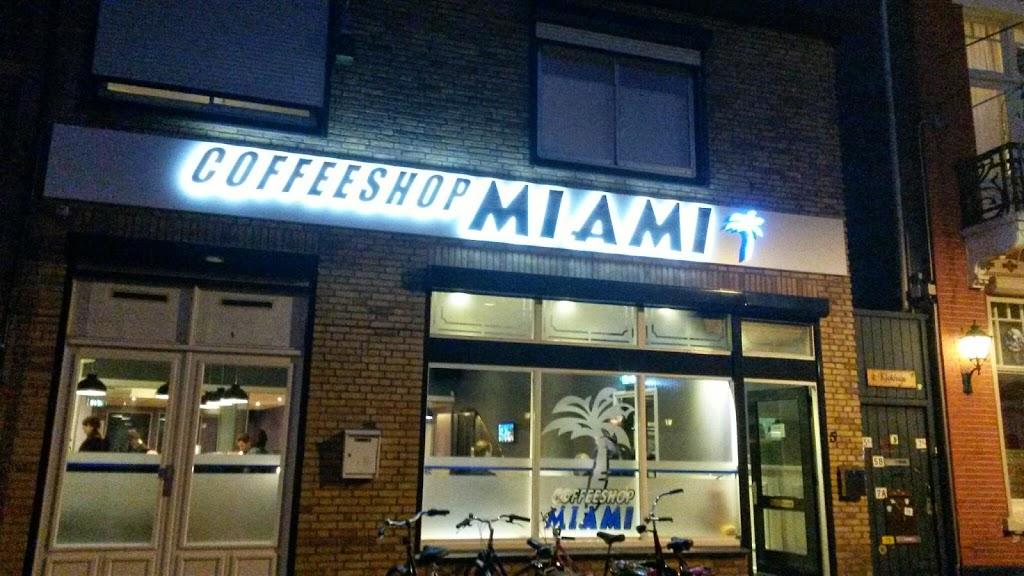 Coffeeshops… Image